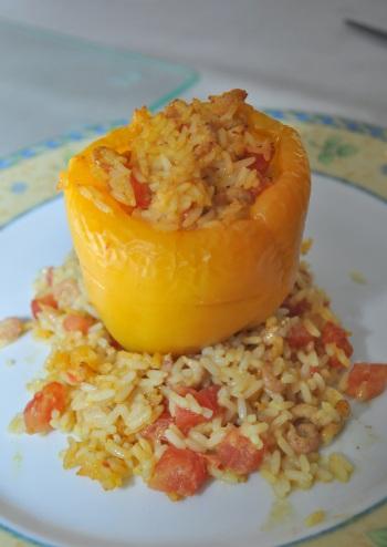 Gevulde paprika met garnalen en curry