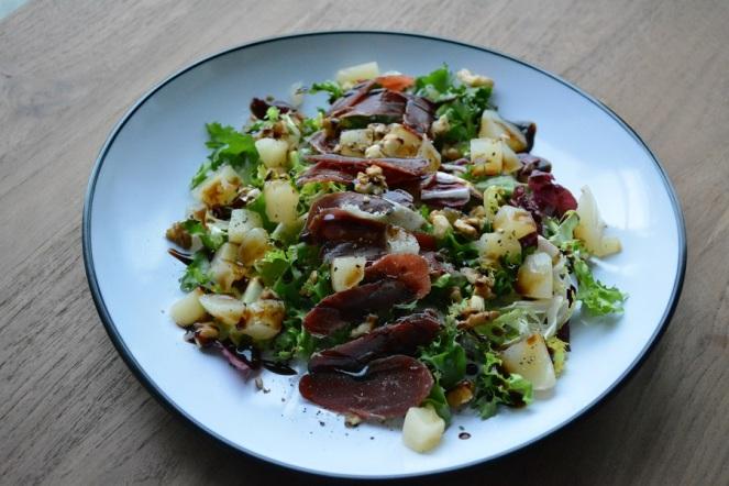 salade-met-gerookte-eend-en-peer