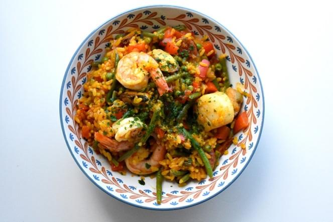 Paella met zeevruchten en chorizo (1)
