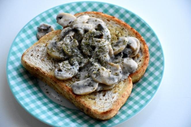 Toast champignon.JPG