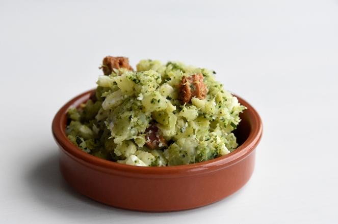 Broccolipuree met feta en merguez