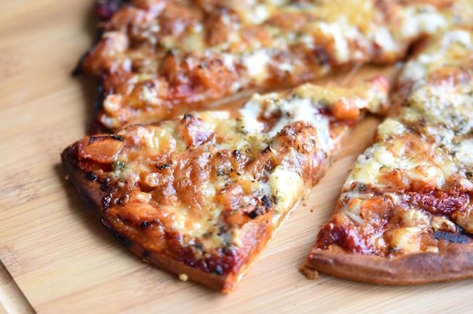 Pizza quattro formaggi (3)